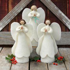 Christmas Angel - Needle Felted Treetopper or Mantel Holiday Decor 1