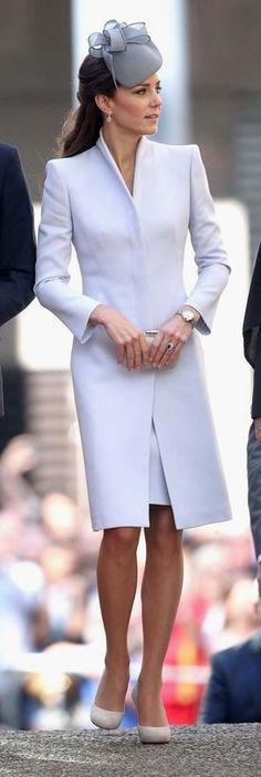 Not Just Baby Blues from Kate Middleton& Mommy Style Blue Dress Outfits, Blue Dresses, Baby Dress Clothes, Princesse Kate Middleton, Vintage Street Fashion, Marine Uniform, Kate Middleton Style, Frack, Classic Wedding Dress