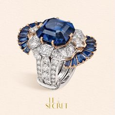 The Séraphîta ring does not hide one but four secrets. Change pictures to discover them.
