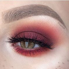 @alexandra_anele Beautiful blend!! Using LOVESICK EYESHADOW❤️❤️❤️ Available on our website ! Www.meltcosmetics.com #meltcosmetics #meltlovesick