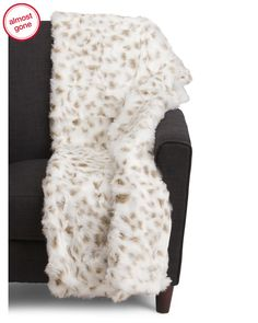 Maverick+Faux+Fur+Throw+In+Gift+Box