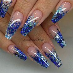 acrylic nail art that look amazing. Silver Acrylic Nails, Blue And Silver Nails, Blue Ombre Nails, Blue Glitter Nails, Bright Blue Nails, Cobalt Blue Nails, Bright Acrylic Nails, Hallographic Nails, Swag Nails