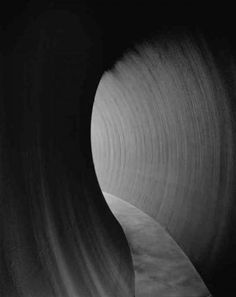 Published on the occasion of two concurrent exhibitions at Gagosian Gallerys London locations in 2014 and 2015, this new catalogue features recent work by seminal artist Richard Serra, including four