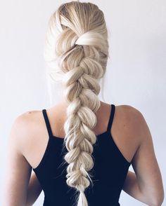 Kuvahaun tulos haulle aspyn ovard hair blonde braid