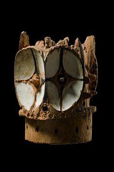 Bembe Kalunga Helmet Mask, DR Congo Tribal Art, Congo, Texture, Helmet, Masks, Crafts, Auction, Surface Finish, Manualidades