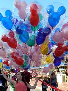 (77) disney balloons