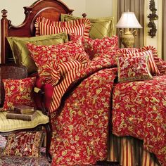 Caspienne Quilts and Bedding   American Country Homestore