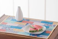 Bon Appetit Placemat by Madeleine Roberg. Tidal Lace fabric collection by Kim Andersson of I Adore Pattern for Windham Fabrics. Photo by Danielle Collins.