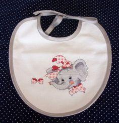Brodé bavoir bébé 4 Designs Disponibles B5