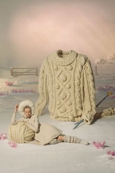 does this make you want to buy this sweater?? Vintage winter Vogue fashion shoot by Tim Gutt