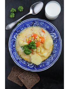 Äidin terveellisempi kanakeitto // Chicken & Vegetable Soup Food & Style Sari Kalliomäki, Tyrniä ja tyrskyjä Photo Sari Kalliomäki www.maku.fi