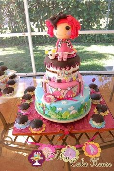 Lala loopsy cake and cupcakes... How cute