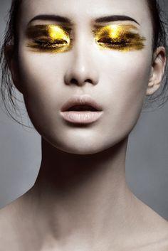 Le maquillage d'une geisha