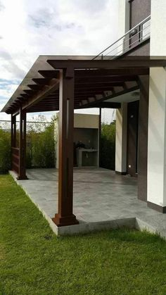 Patio Pergola Lighting - - - Pergola Wedding Lights - L Shaped Pergola Plans - Freestanding Pergola Designs Pergola Attached To House, Pergola With Roof, Outdoor Pergola, Backyard Pergola, Pergola Shade, Patio Roof, Backyard Landscaping, Pergola Lighting, Covered Pergola