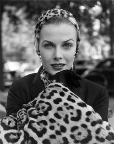 Fur fashion in New York, 1949. (Photo: Gordon Parks, courtesy the Gordon Parks Foundation)