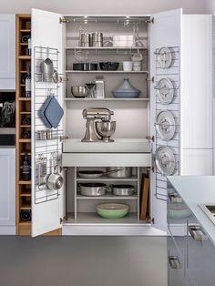 Construindo Minha Casa Clean: 10 Dicas de Como Organizar os Armários da Cozinha!