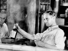 Leslie Howard in Never the Twain Shall Meet Vintage Hollywood, Classic Hollywood, Leslie Howard Actor, I Look To You, Betty Davis, Star Wars, Guys Be Like, Silent Film, Old Movies