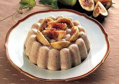 La ricetta della bavarese di fichi è un dolce alternativo ai soliti. Ecco come prepararla seguendo la ricetta descritta passo passo.