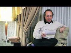 """Joan Manuel Serrat lee """"Balada de los fríos"""" , del poeta costarricense Jorge Debravo, - Te invito a leer conmigo - YouTube"""