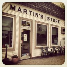 When we come to the Tyler Place, my kids love riding their bikes to Martin's, an old-school general store right at the entrance of the resort. Ice cream, candy, cold drinks and other summer staples sold here. #Instagram #Vermont