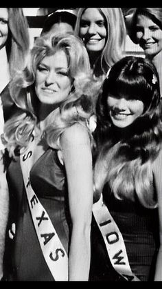 Hollywood Stars, Classic Hollywood, Barbi Benton, Kate Jackson, Cheryl Ladd, Farrah Fawcett, Vintage Humor, Beautiful Celebrities, Dame