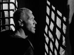 """The Seventh Seal"" Dir: Ingmar Bergman DoP: Gunnar Fischer Year: 1957 Max Von Sydow, Ingmar Bergman, The Seventh Seal, Creepy Vintage, Dance Of Death, Film Grab, The Exorcist, Film Aesthetic, Chiaroscuro"