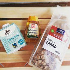 Buona e sana #colazione latte di #riso sciroppo di #agave e #flakes di #farro #buongiorno #martedi #breakfast #goodmorning