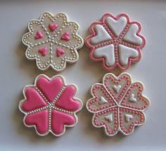 Heart cookies via #TheCookieCutterCompany