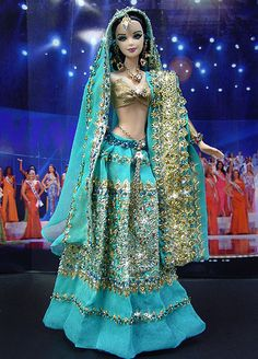 Bangladeshi Barbie wearing a lovely blue and gold lehenga choli. Doll Clothes Barbie, Vintage Barbie Dolls, Manequin, Barbie Miss, Indian Dolls, Chic Chic, Barbie Collector, Barbie Friends, Barbie World