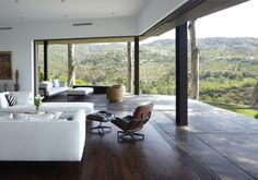 Mandeville Canyon Residence - modern - living room - san francisco - Griffin Enright Architects