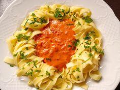 Ajvar - Knoblauch Nudeln, ein schmackhaftes Rezept aus der Kategorie Pasta & Nudel. Bewertungen: 100. Durchschnitt: Ø 4,2.