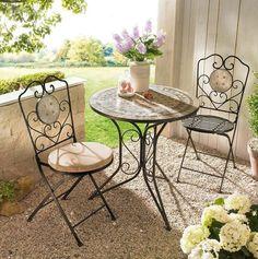 Nostalgische Metall-Gartenstühle mit Mosaikelement  https://www.gartenxxl.de/Gartenstuhl-Set-Samos-2-tlg./Metallstuehle/Moebel/p-1368927000?FFSearch=true#/rating-page/helpful-first/88/1