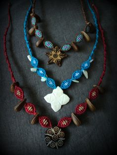 Choker necklace macrame with natural elements