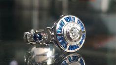 Star Wars Droid Full Gem Custom Made Ring - Ladies by Paul Michael Design Bijoux Star Wars, Star Wars Jewelry, Star Wars Ring, Star Wars Love, Star Trek, Star Wars Outfits, Industrial Jewelry, Star Wars Droids, Games