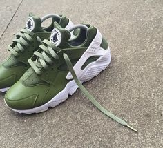 various colors 18d0a 5f6c9 Huaraches Running Shoes Nike, Streetwear, Shoes Heels, Shoe Boots, High  Heels,