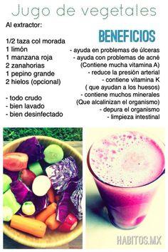 Jugo DEPURATIVO: col morada, limón, manzana roja, zanahorias y pepino