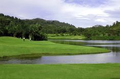 Loch Palm Golf Club Phuket is one of the most refreshing and scenic golf course in Phuket, nestling below a panoramic range of peaks, and sandwiched between waterfalls and Katu village.
