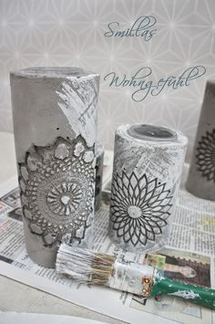 DIY: concrete candle holder / cement candle holder - feeling of getting dirty today, because time for a DIY with cement, right? I LOVE cement . Concrete Candle Holders, Diy Candle Holders, Diy Candles, Cement Art, Concrete Art, Concrete Crafts, Concrete Projects, Deco Boheme, Diys