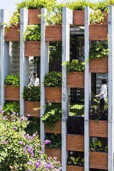 Resort in House from ALPES Green Design & Build facade - Home Decorating Trends - Homedit Tropical Architecture, Facade Architecture, Sustainable Architecture, Sustainable Design, Landscape Architecture, Landscape Design, Contemporary Architecture, Green Facade, Brick Facade