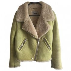 ACNE RITA YELLOW LAMB SHEARLING ACNE STUDIOS (1.035 RUB) ❤ liked on Polyvore featuring outerwear, jackets, coats & jackets, brown shearling jacket, shearling jacket, acne studios, yellow jacket and acne studios jacket