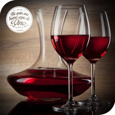 Si disfrutas con los amigos, con la familia, en pareja! No importa! El vino siempre luce bien!