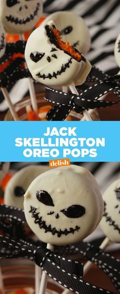Oreo Pops Nightmare Before Christmas fans: you're going to flip over these Jack Skellington Oreo Pops. Get the recipe at .Nightmare Before Christmas fans: you're going to flip over these Jack Skellington Oreo Pops. Get the recipe at . Halloween Cupcakes, Halloween Oreos, Dessert Halloween, Fete Halloween, Halloween Goodies, Halloween Celebration, Halloween Food For Party, Creepy Halloween, Halloween Crafts