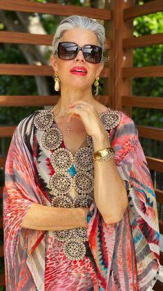 The kaftan lent itself well to the fashions of the next decade. Elevate Your Style with a Kaftan. womens clothes, fashion blog, fashion house, fashion dresses, fashion style, fashion illustration, fashion trends, women fashion, fashion accessory, fashion week, Aesthetic fashion, elegant fashion. #freshbeautystudio #summerfashion #womensfashion #kaftan