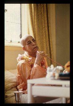 Jai His Divine Grace A.C. Bhaktivedanta Swami Srila Prabhupada! ...<3