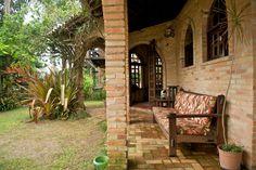 Ganhe uma noite no Ótima casa. Menos de 100m da praia. - Casas para Alugar em Garopaba no Airbnb!