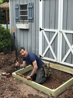 """What was once a """"so-so"""" entry to a storage shed is now a functional ramp into the little building with the help of Southern Yellow Pine. Building A Pergola, Building A Shed, Garden Projects, Diy Projects, Project Ideas, Shed Ramp, Porch Bed, Simple Shed, Garage Shed"""