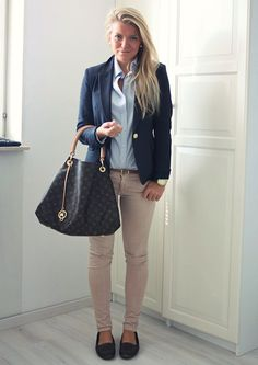 Blue blazer, blue Oxford, skinny tan jeans and loafers-perfection