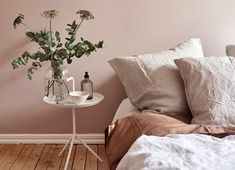 Home Decoration For Living Room Dusty Pink Bedroom, Pink Room, Dusty Pink Bedding, Interior Rugs, Room Interior, Interior Design, Bedroom Inspiration Cozy, Greige, Beige Living Rooms