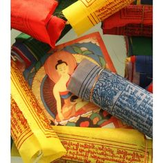 Bandiere di preghiera tibetane.