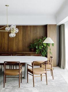 Dining room furniture ideas that are going to be one of the best dining room design sets of the year! Get inspired by these dining room lighting and furniture ideas! Dining Room Walls, Dining Room Lighting, Dining Room Furniture, Furniture Ideas, Table Lighting, Kitchen Lighting, Lighting Ideas, Living Room, Decoration Inspiration